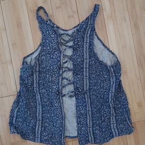 2/$10🌻 American eagle lace up back tank xs